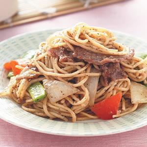 黑椒牛肉炒麵