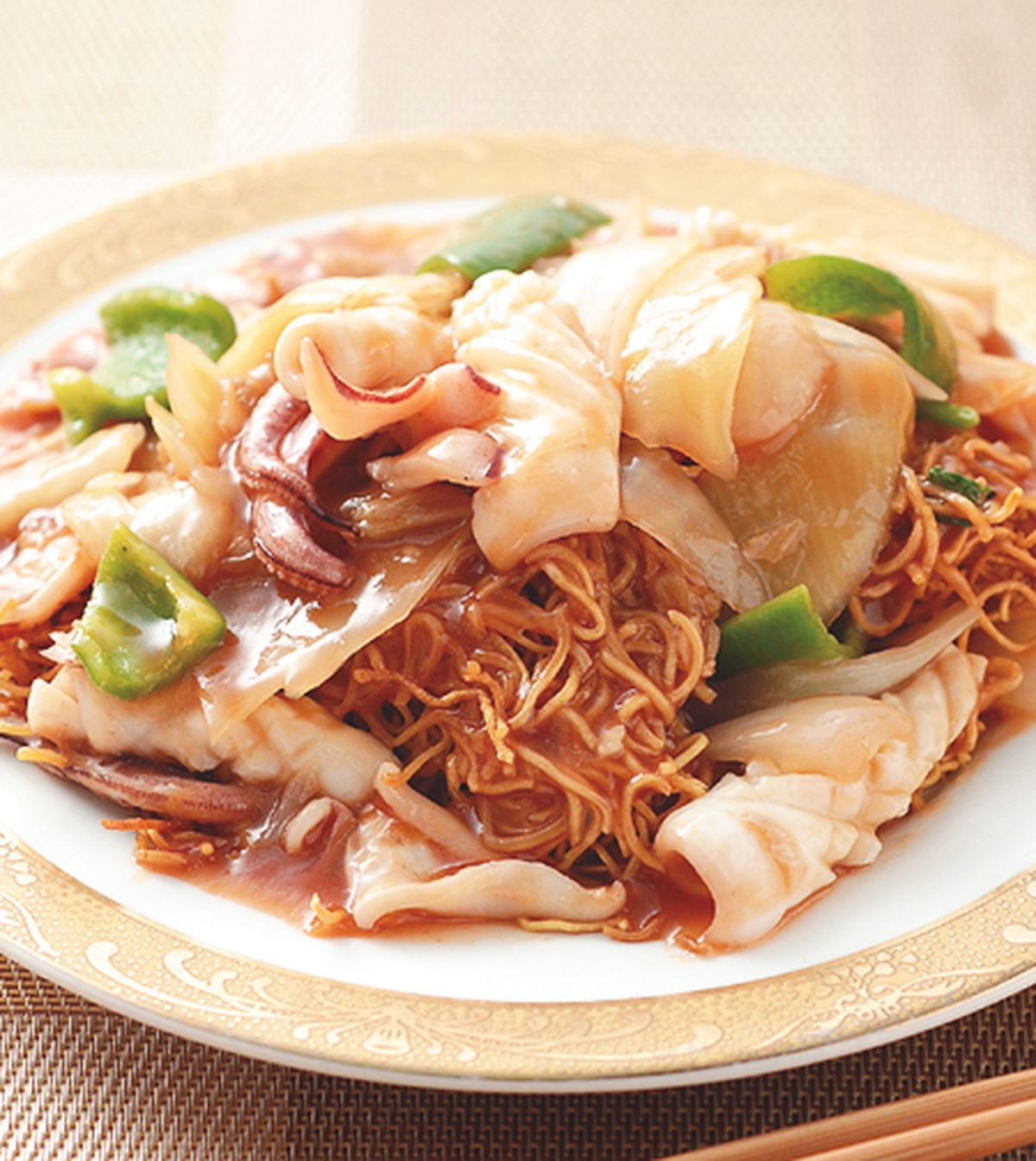 食譜:酸菜鮮魷炒麵