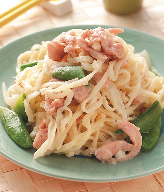 食譜:奶油洋蔥炒麵