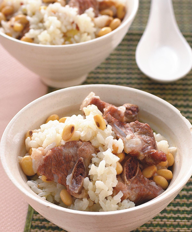 食譜:黃豆排骨飯