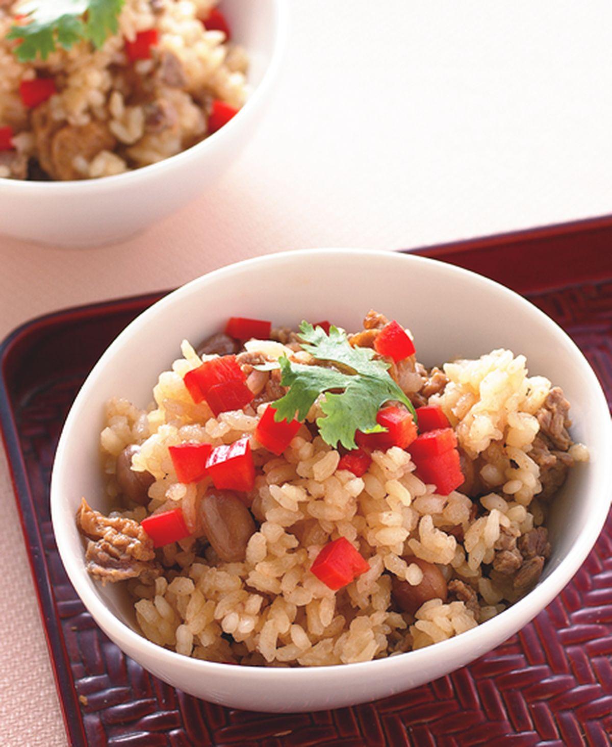 食譜:花生麵筋牛肉飯