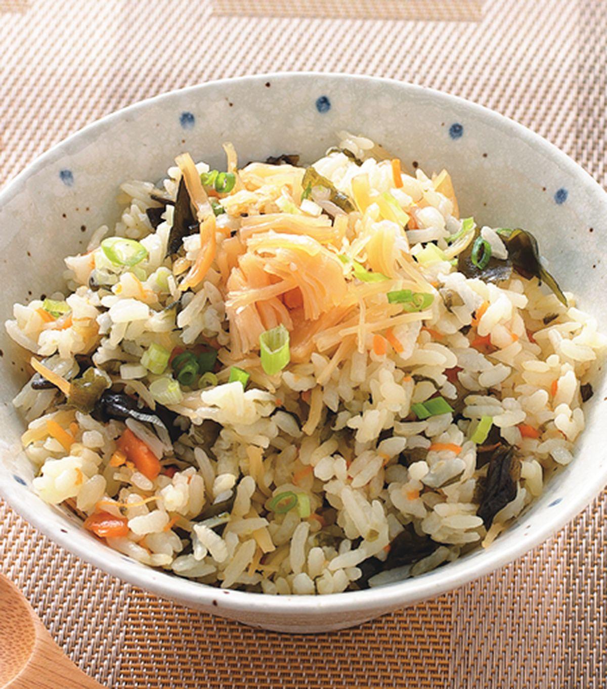 食譜:干貝海帶芽飯