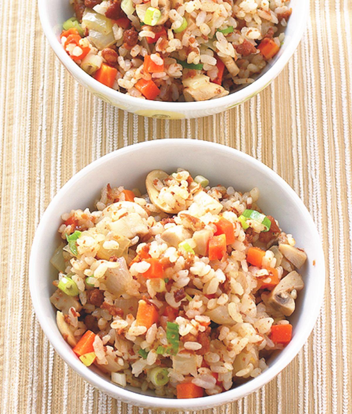 食譜:蘑菇滷肉飯