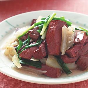 酸菜炒豬血