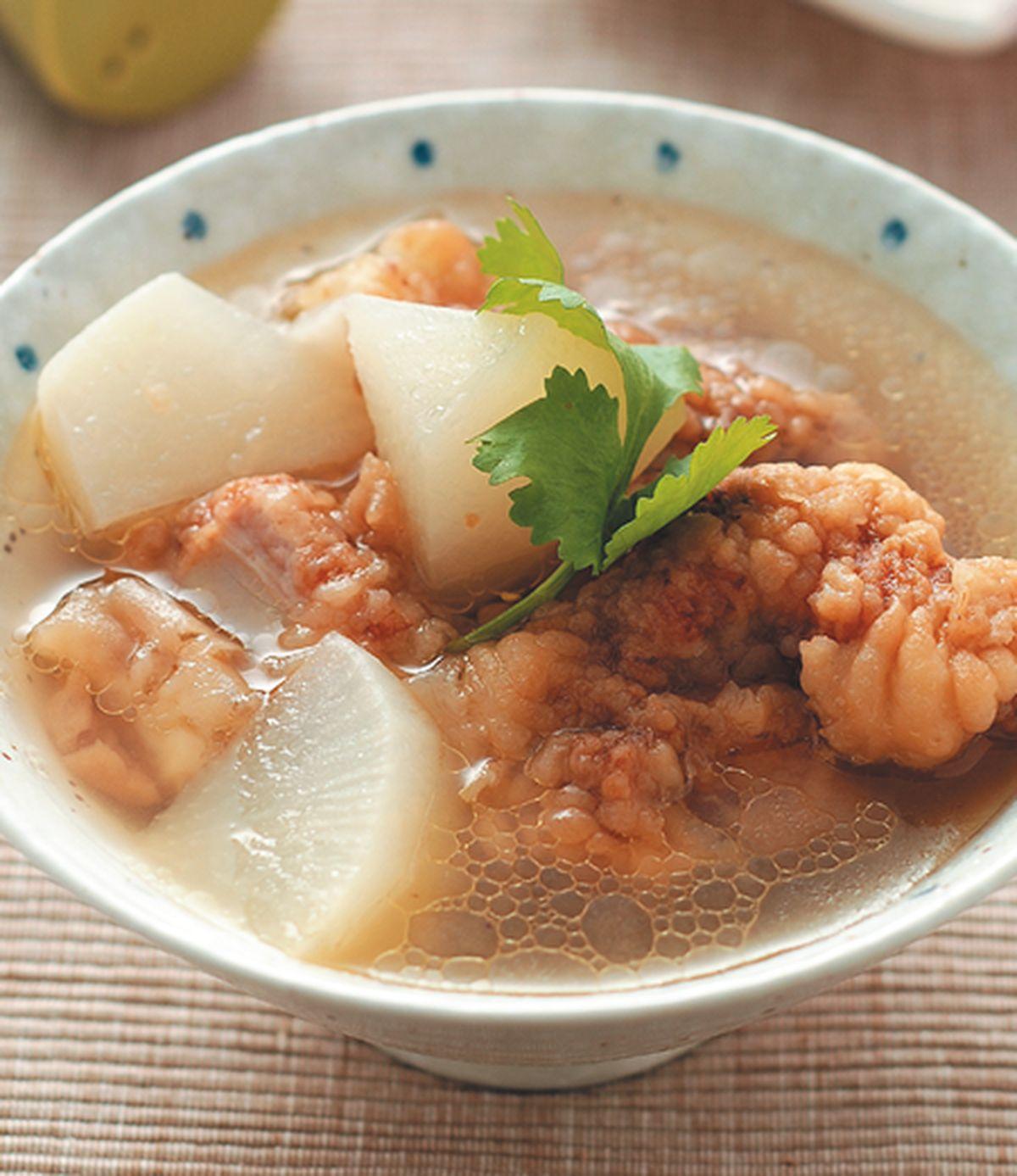 食譜:蘿蔔排骨酥湯(1)
