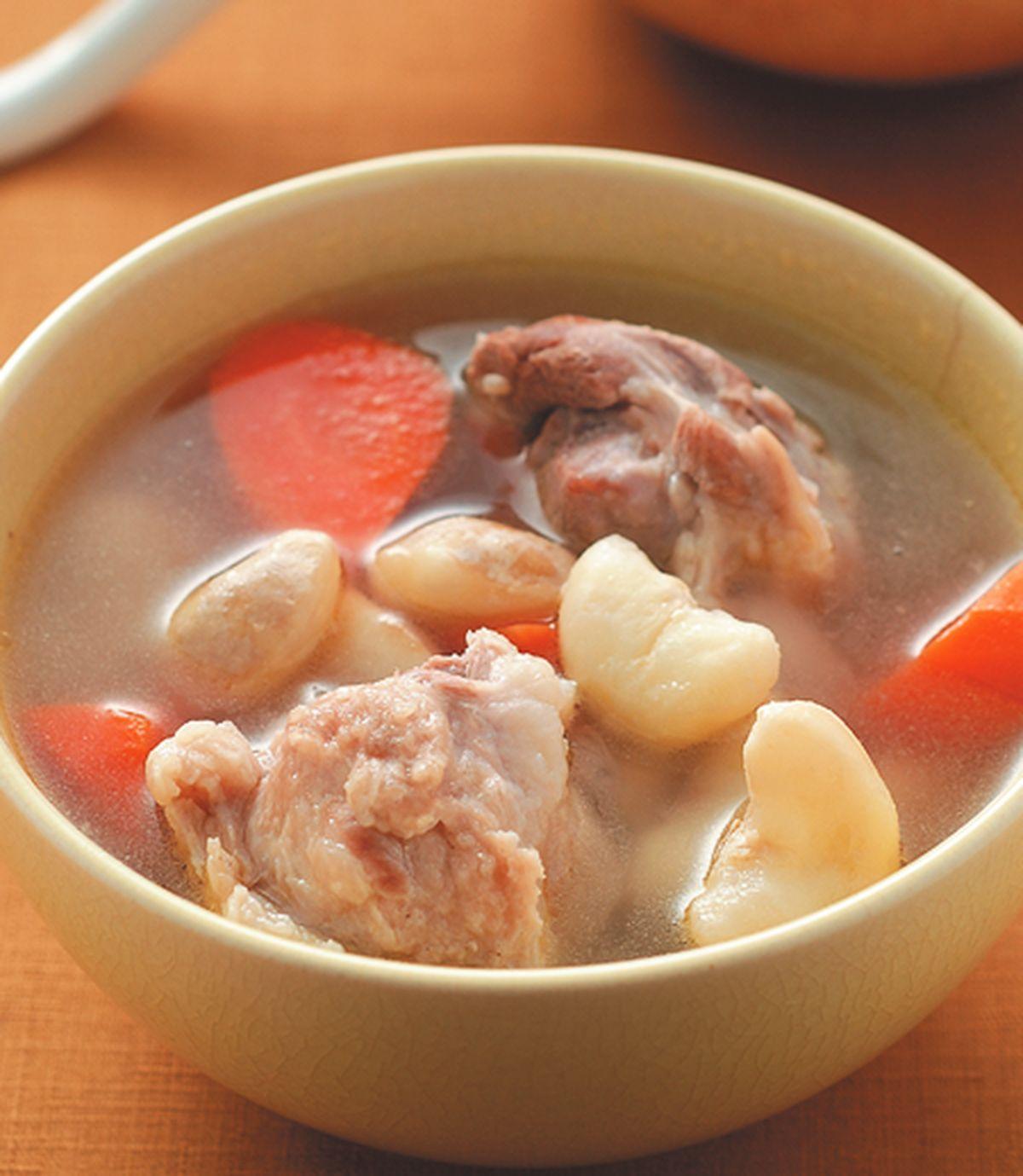 食譜:菱角瘦肉湯