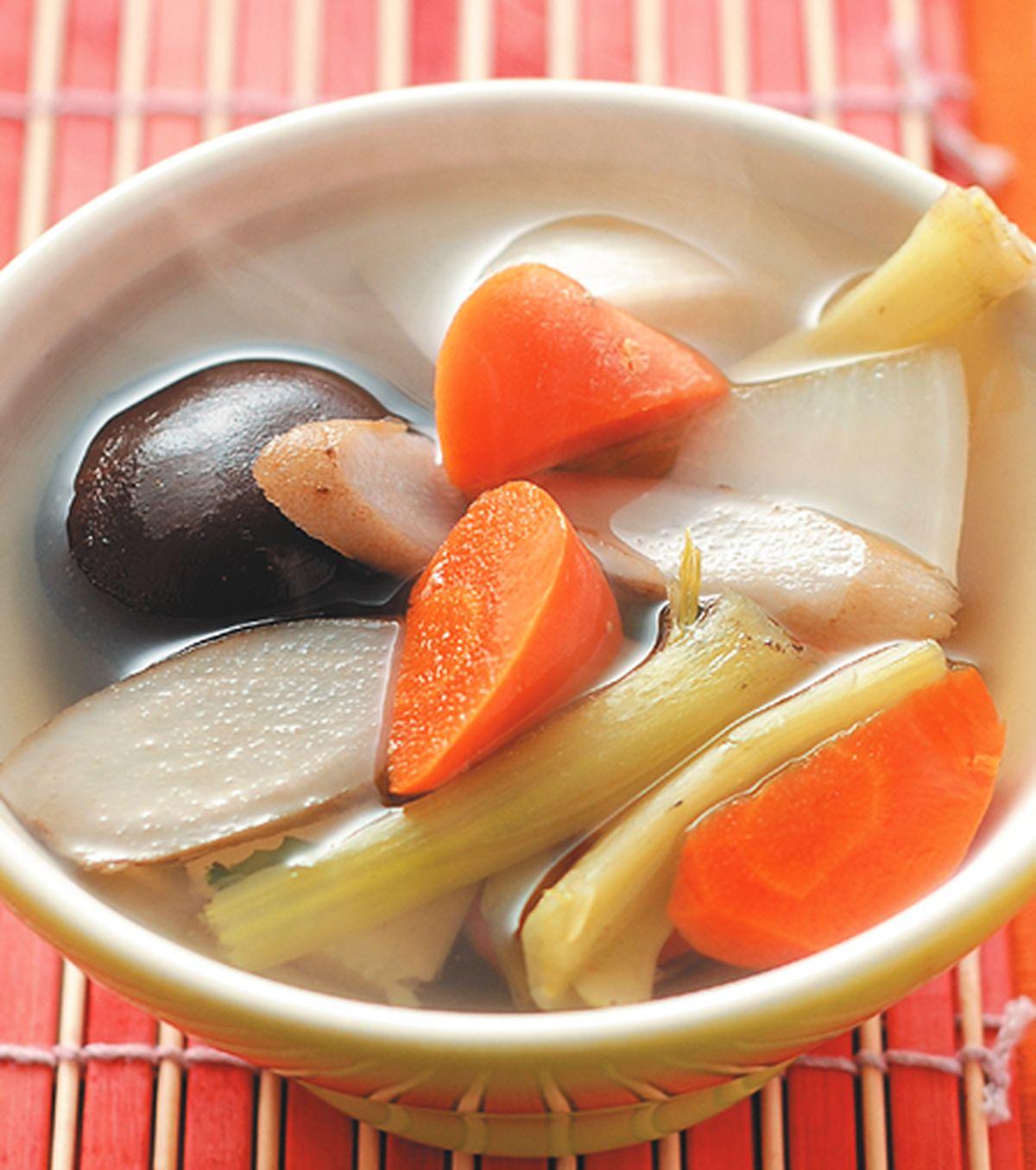 食譜:五行蔬菜煲湯
