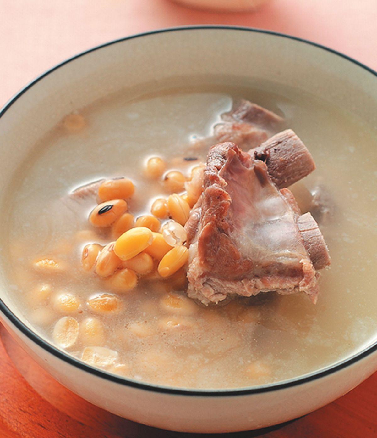 食譜:黃豆燉排骨湯
