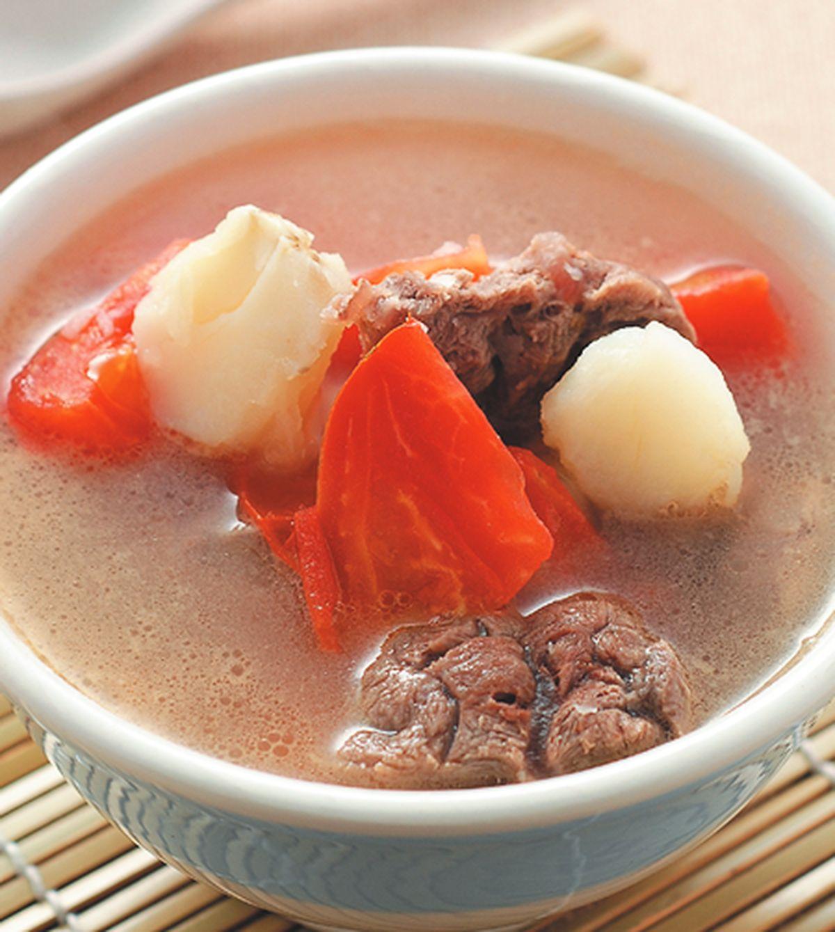 食譜:蕃茄薯仔燉牛腱湯