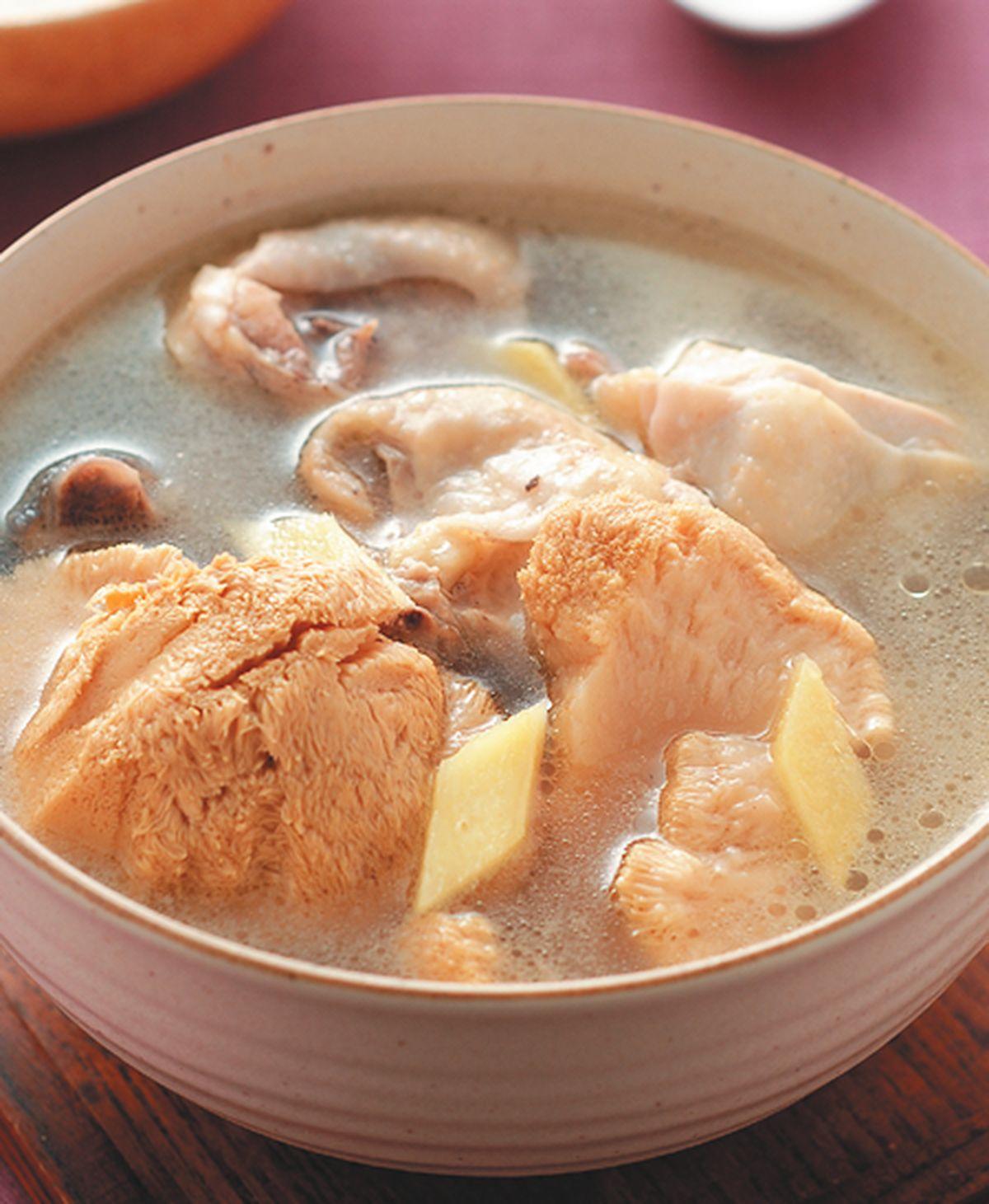 食譜:猴頭菇煲雞湯