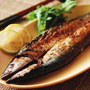 百里香草烤秋刀魚