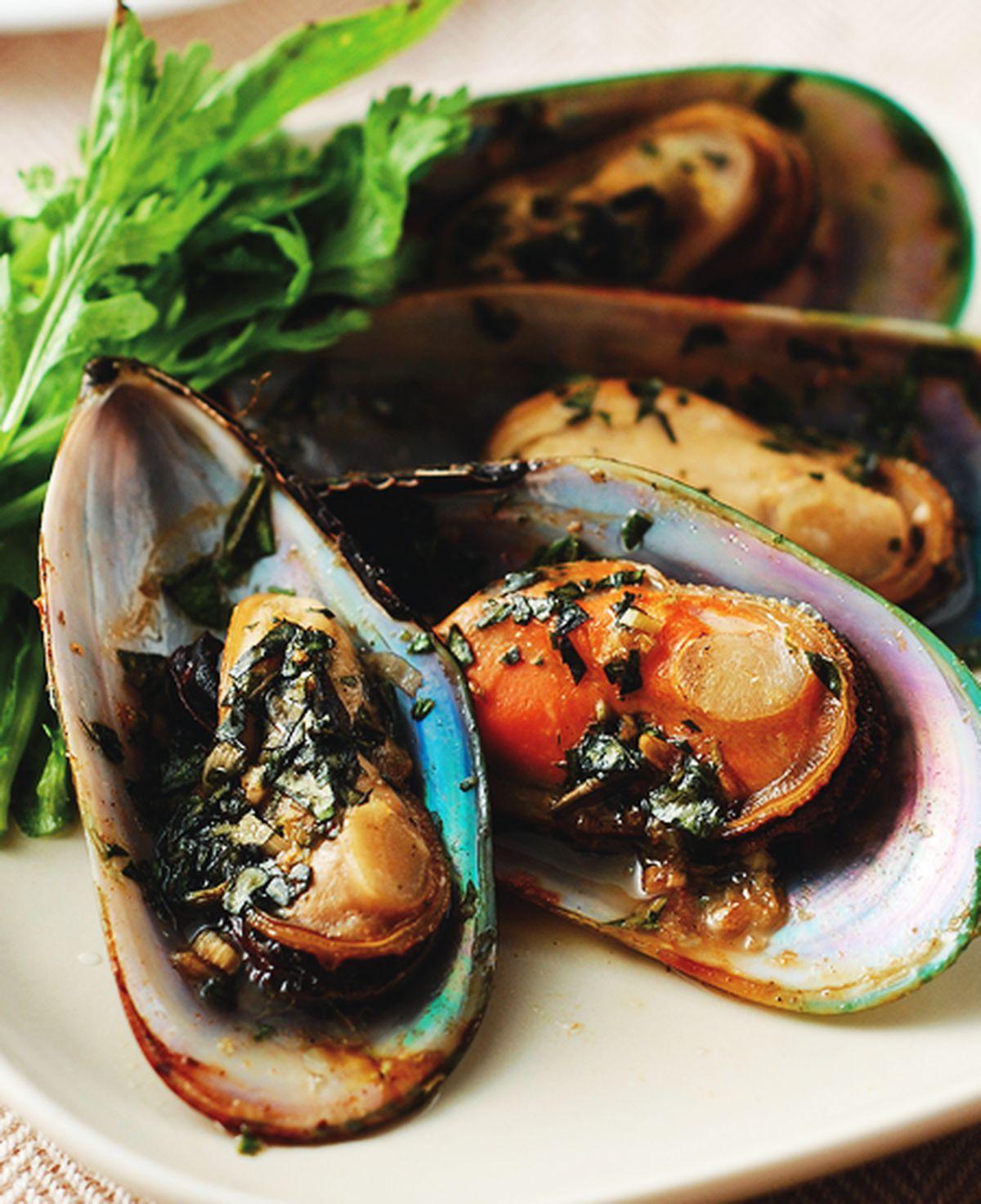食譜:烤辣味羅勒孔雀蛤