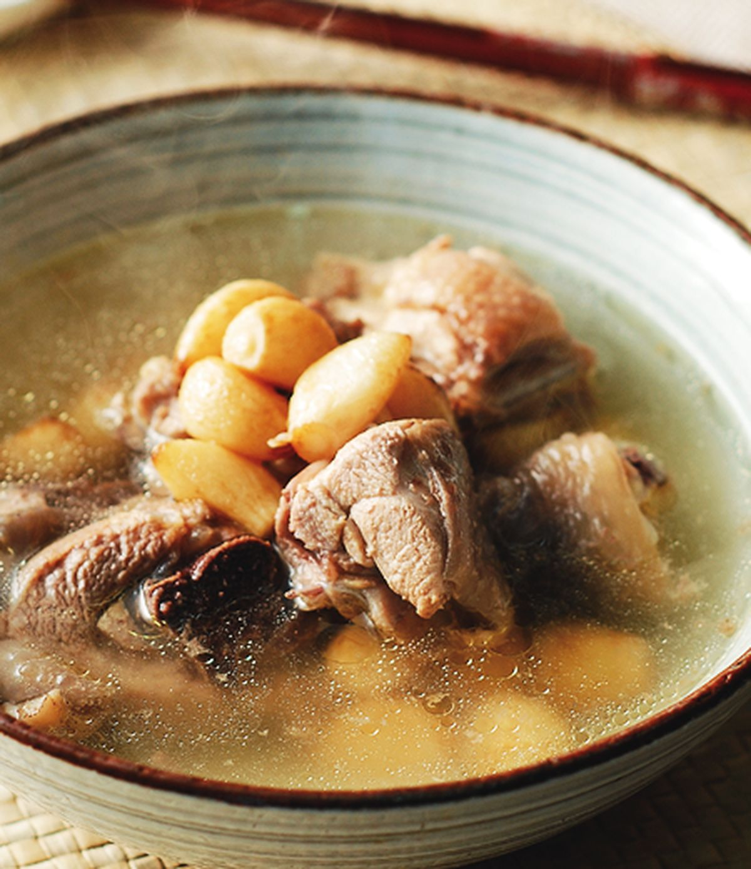 食譜:蒜頭雞湯
