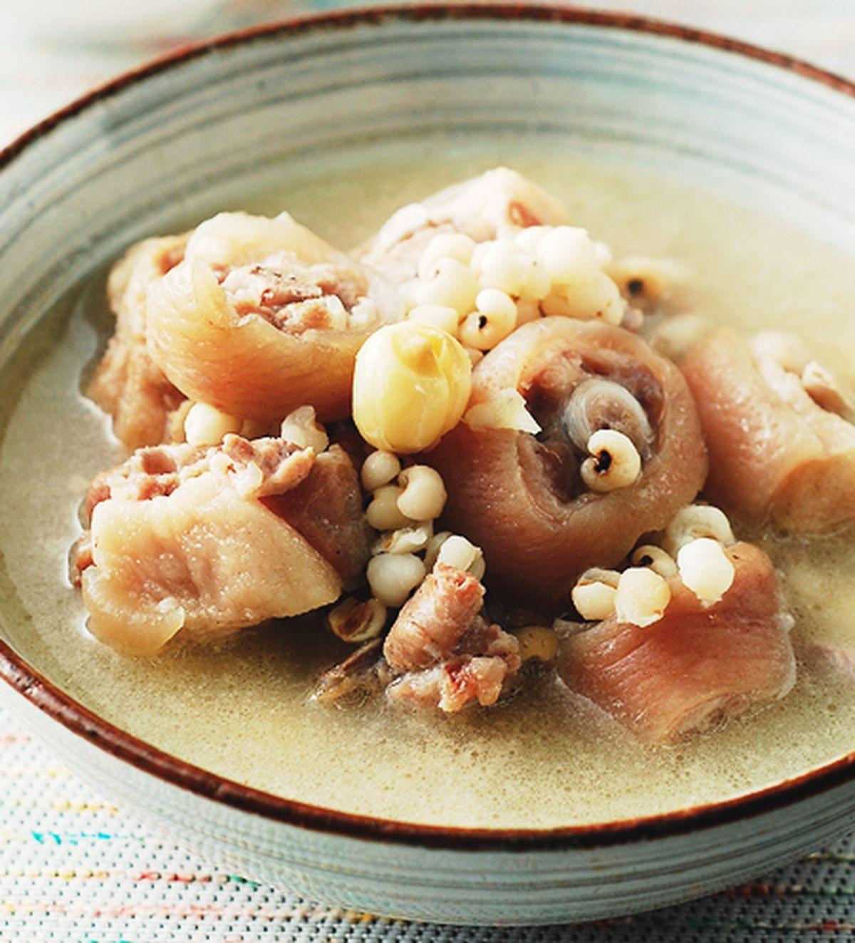 食譜:蓮子薏仁煲豬尾