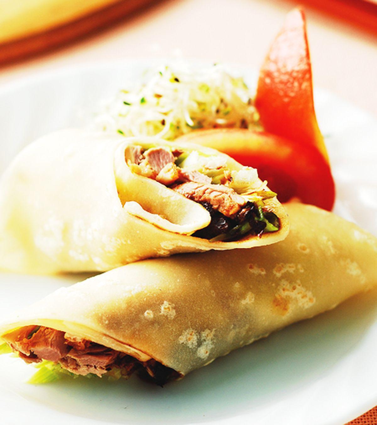 食譜:京蔥鴨絲捲