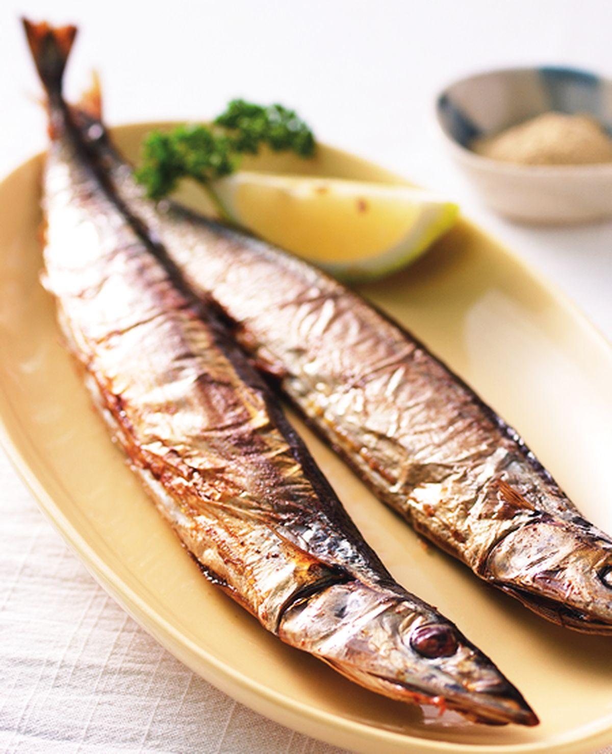 食譜:烤秋刀魚(1)