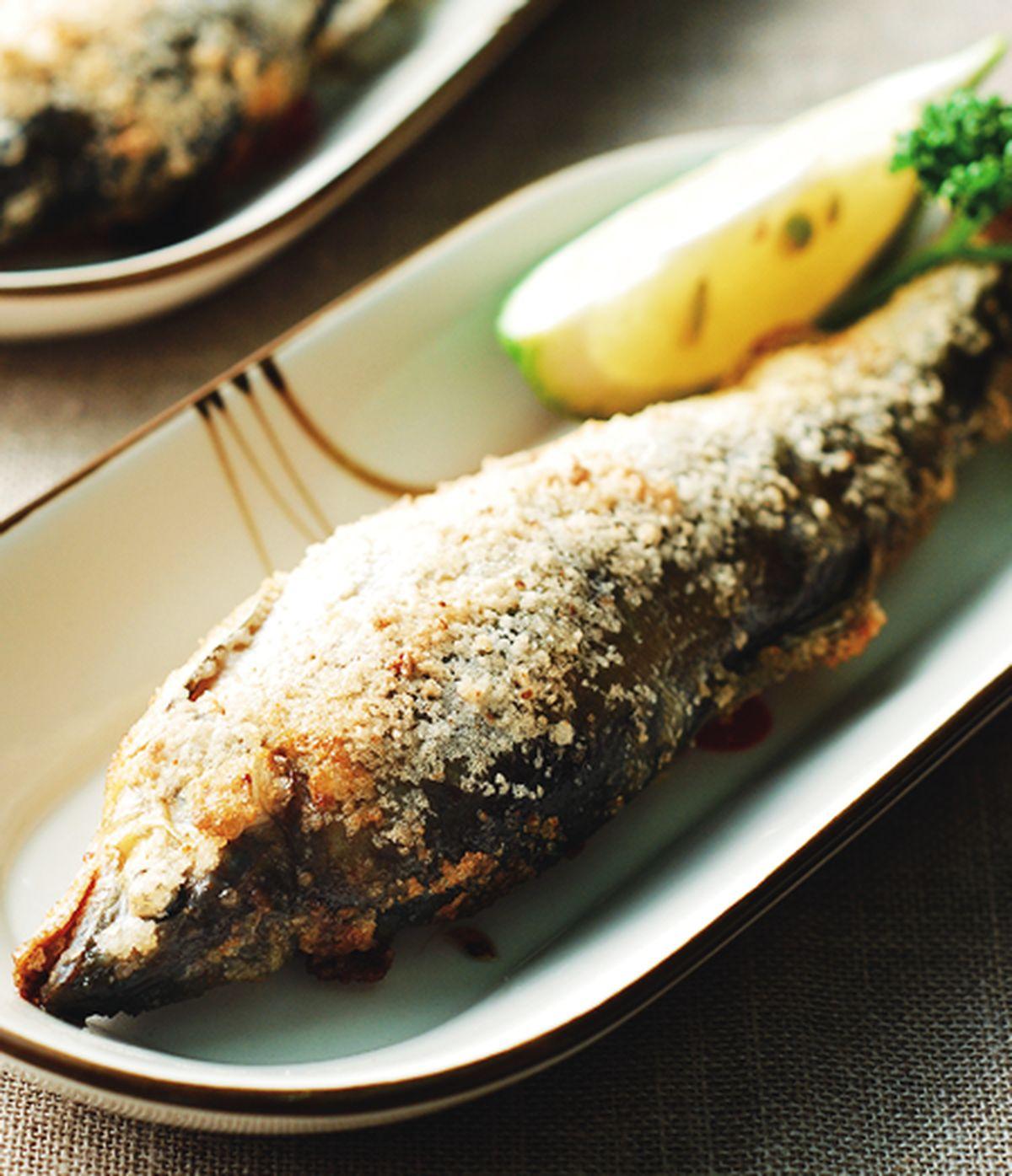 食譜:鹽烤香魚(2)