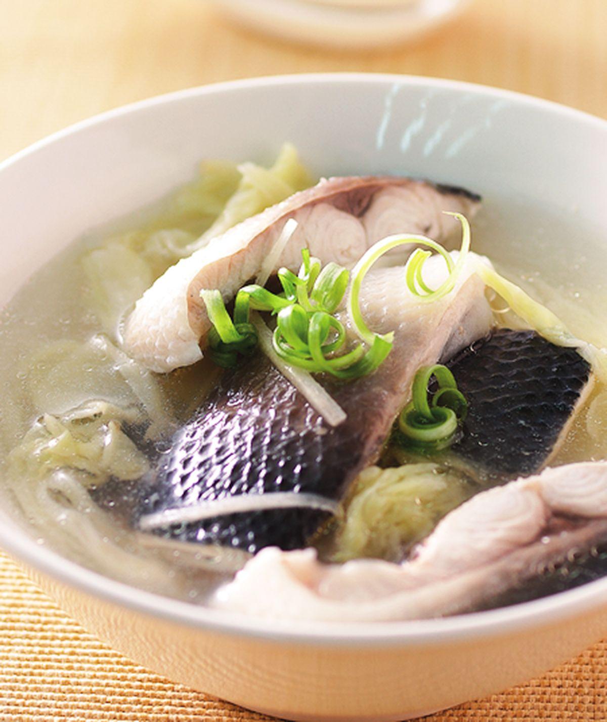 食譜:高麗菜酸魚湯