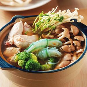 野菇雞肉鍋
