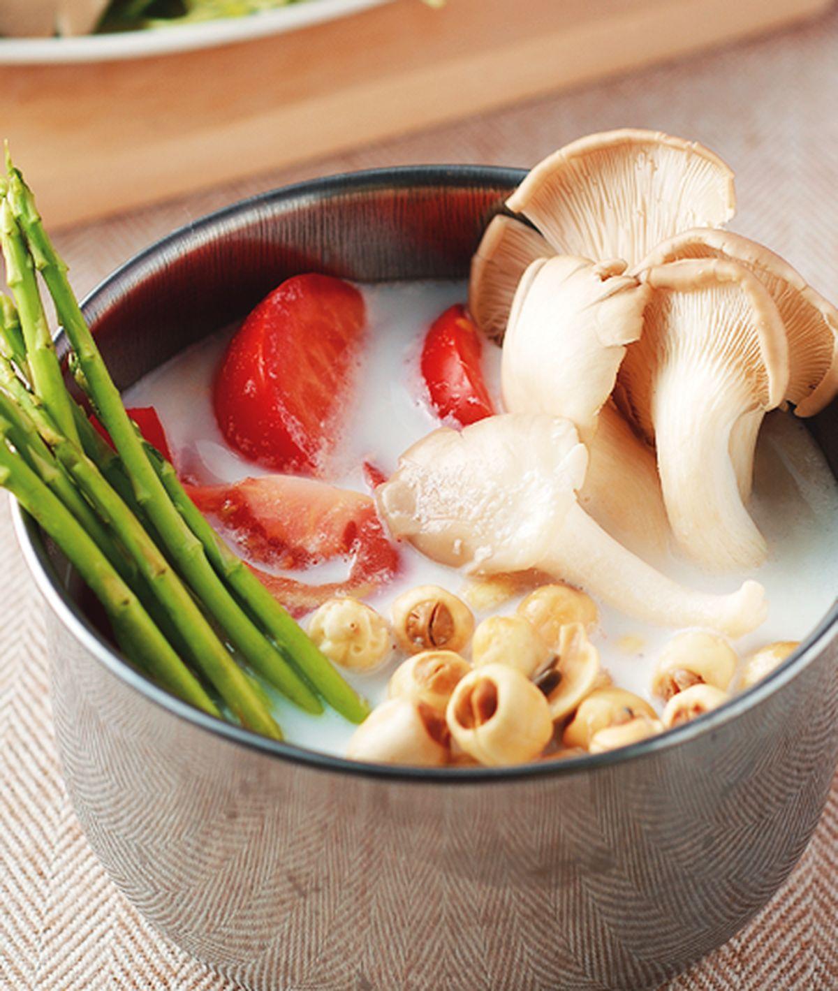 食譜:美白蕃茄鍋