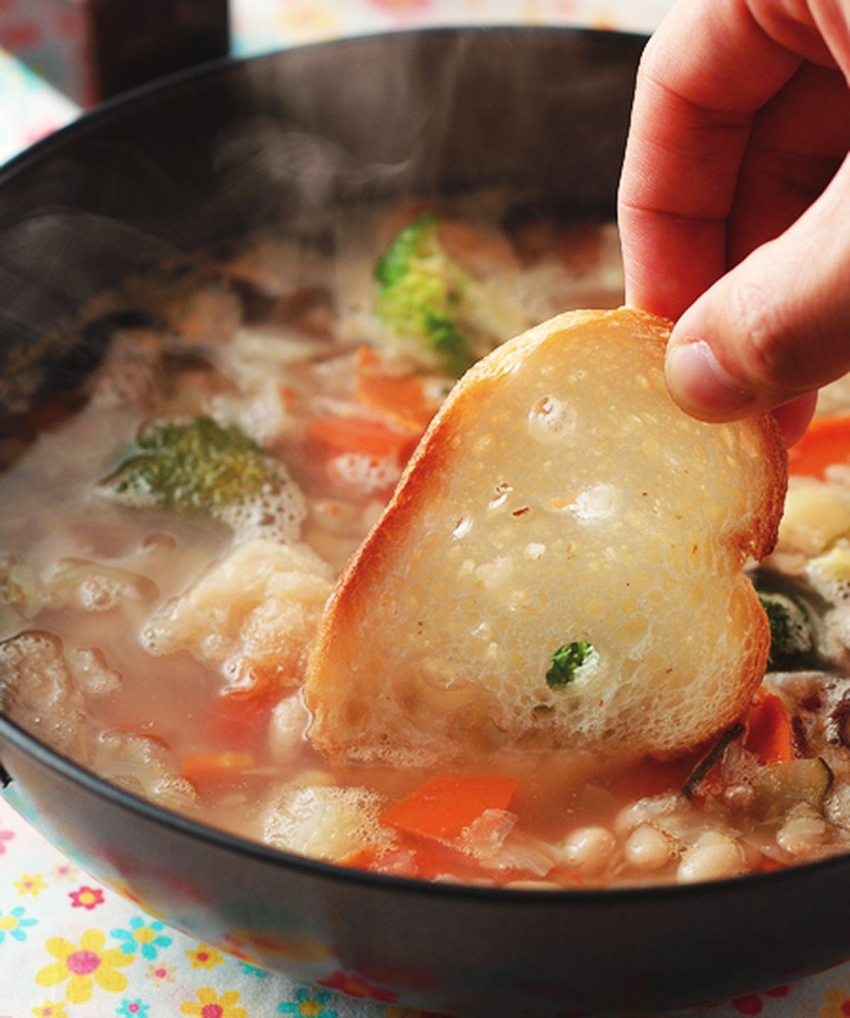 食譜:法式麵包蔬菜鍋