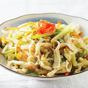 腐皮拌白菜