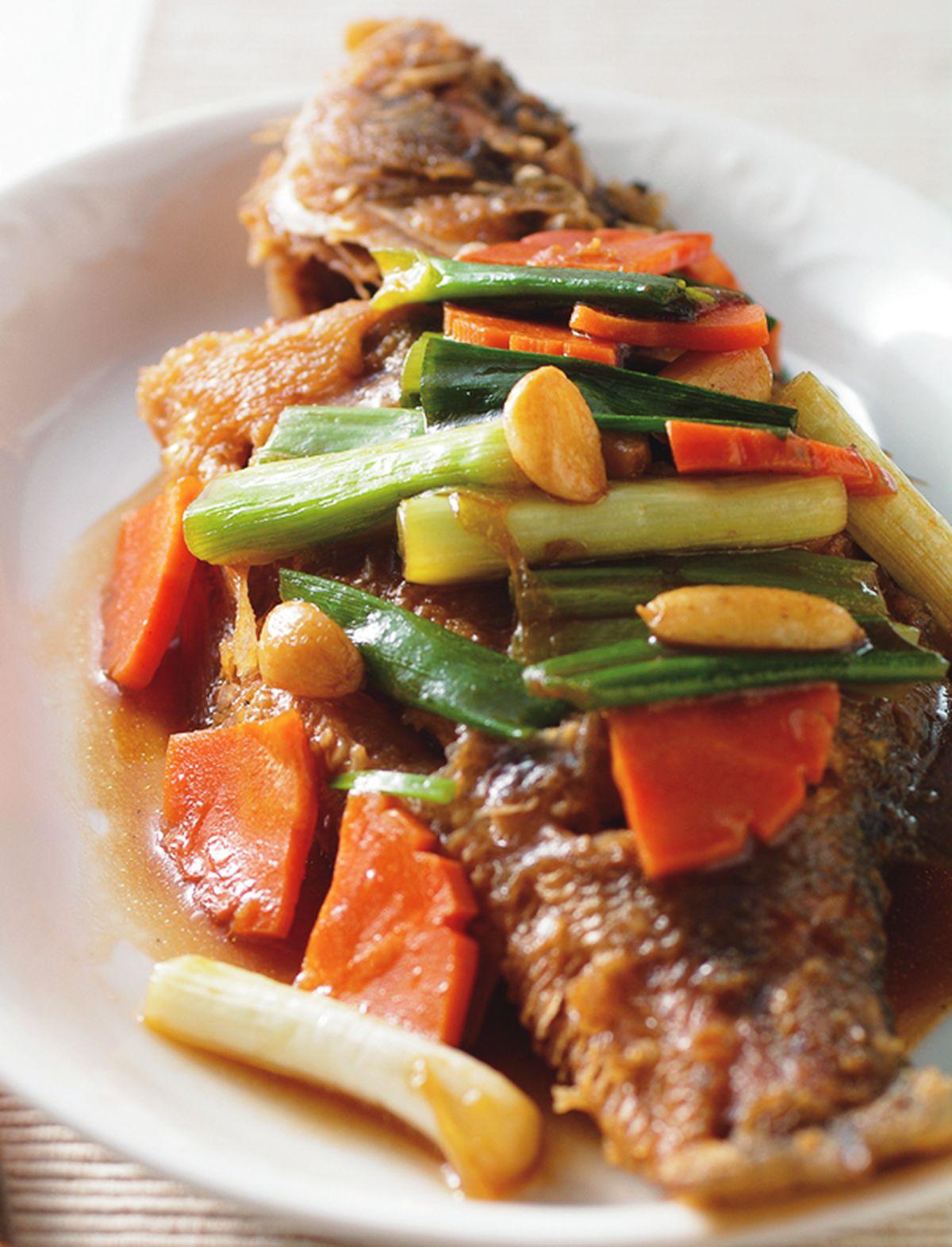 食譜:蒜子燒鮮魚