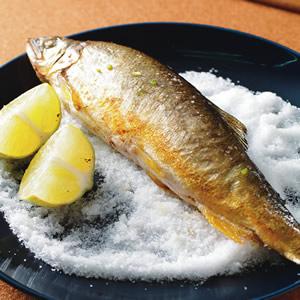 檸檬胡椒烤香魚