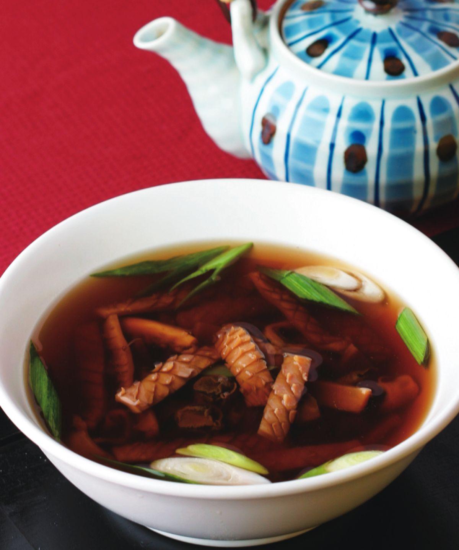 食譜:魷魚螺肉湯