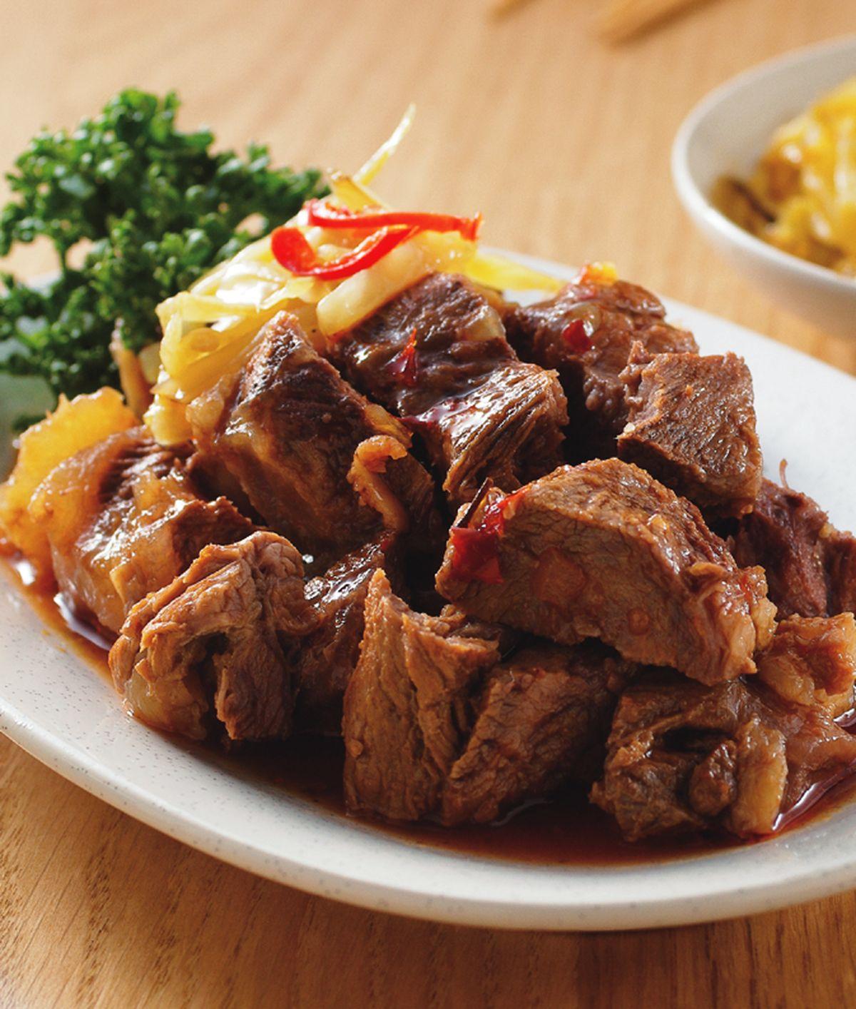 食譜:紅酒滷牛肉