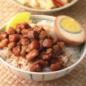 滷肉飯(2)