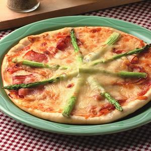 蘆筍培根薄片披薩
