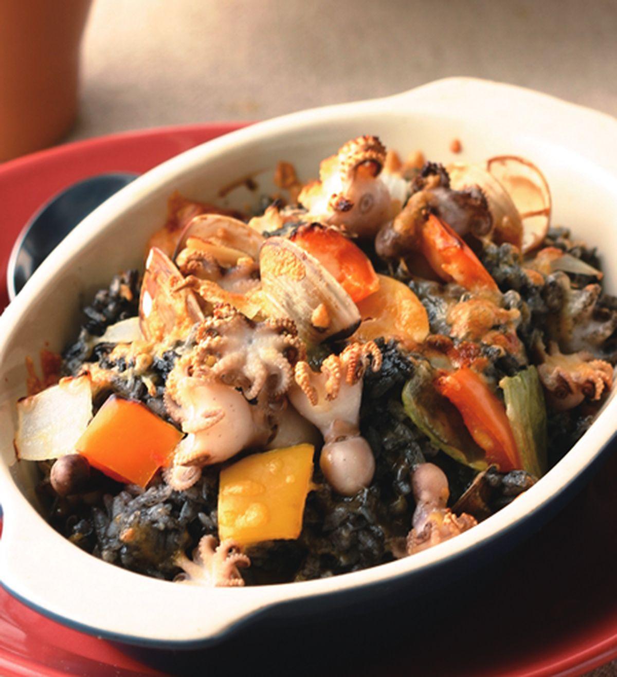 食譜:蛤蜊墨魚焗飯