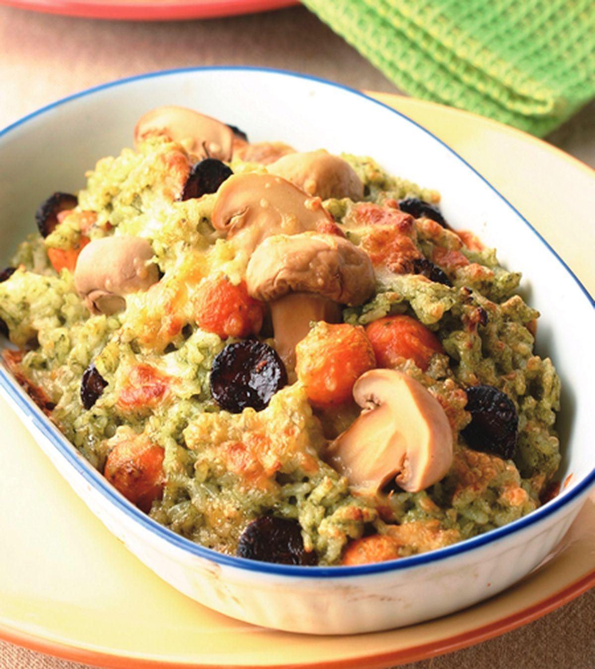 食譜:青醬蘑菇臘腸焗飯