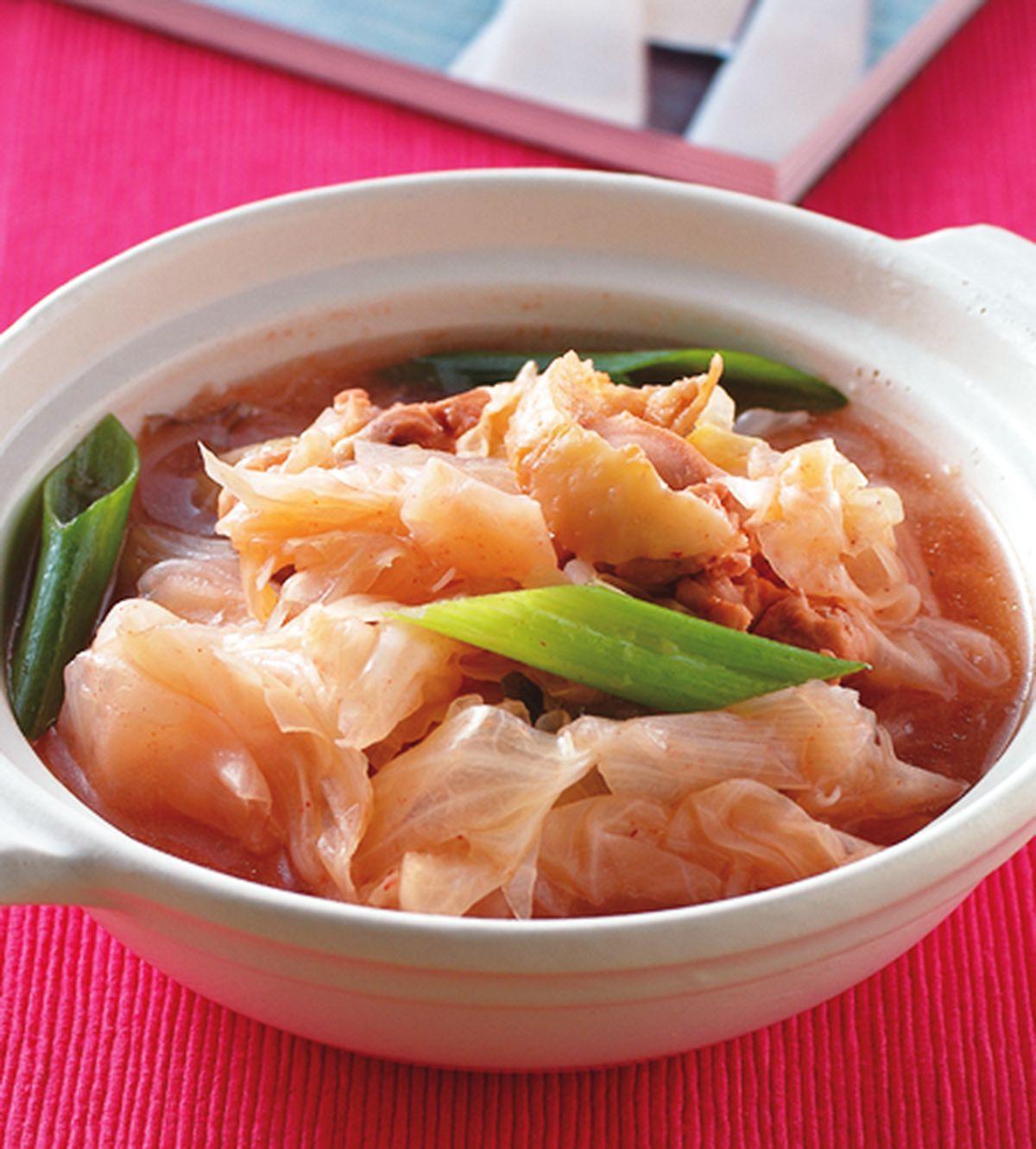 食譜:紅麴雞燉高麗菜