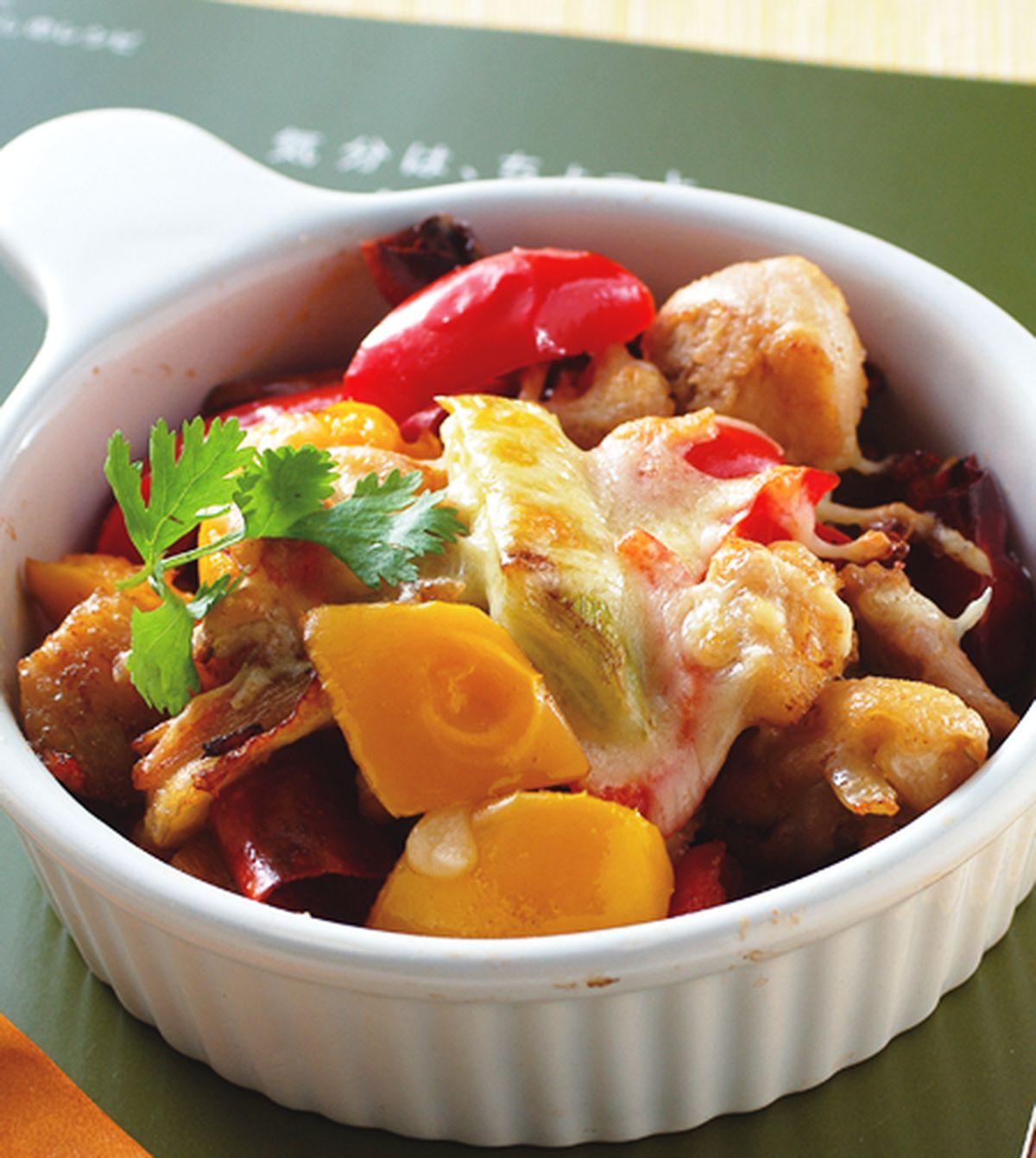 食譜:焗烤川辣雞丁燴彩椒