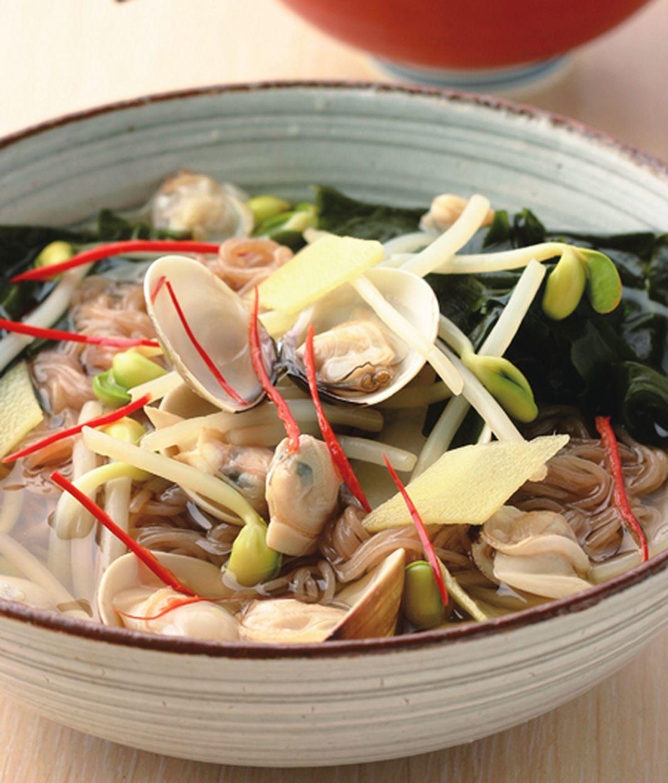 食譜:蛤蜊黃豆芽冷湯麵