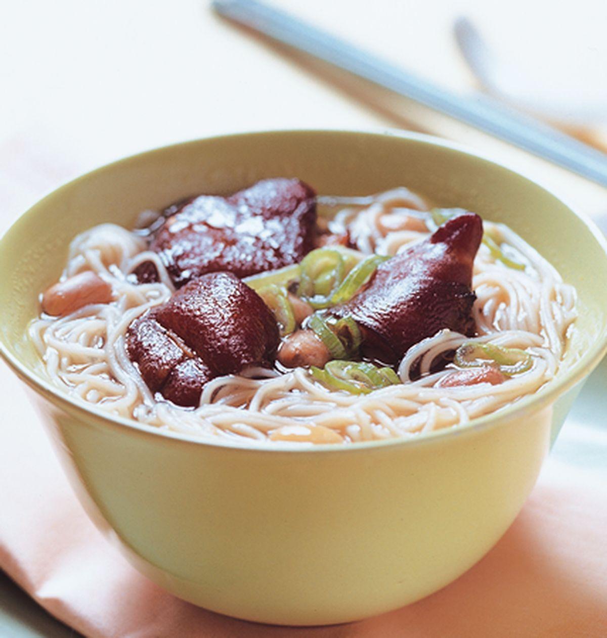 食譜:花生豬腳麵線(1)