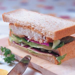 魚排三明治