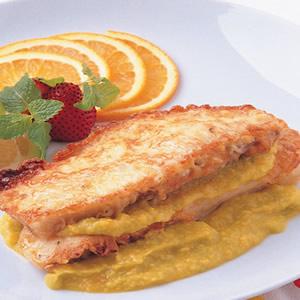 麥年魚排佐酪梨醬汁