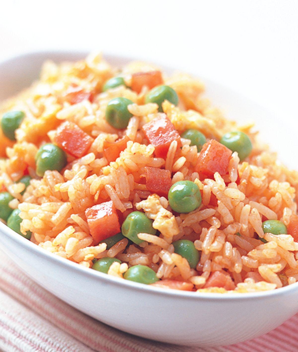 食譜:茄汁香腸炒飯