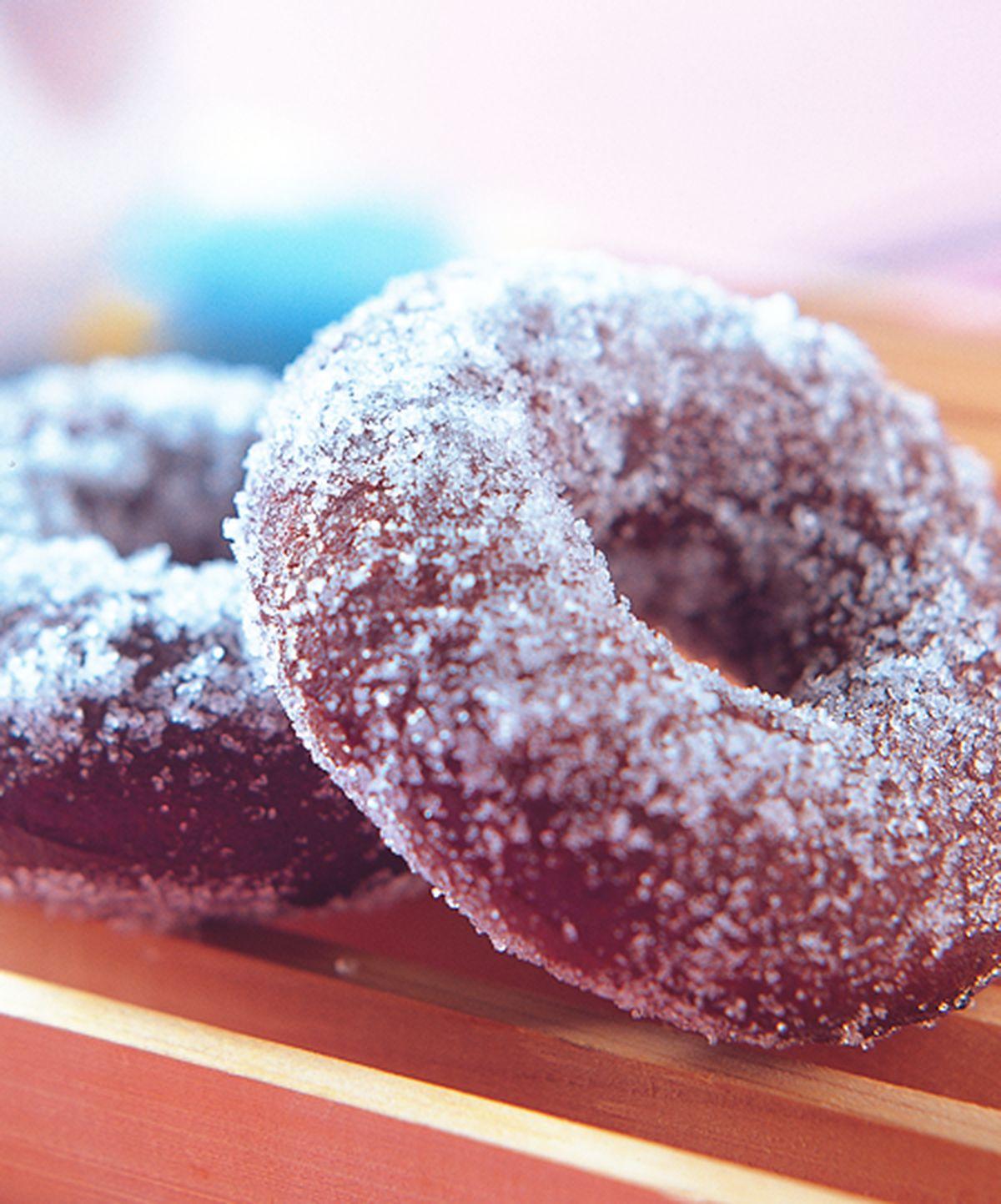 食譜:巧克力蛋糕甜甜圈