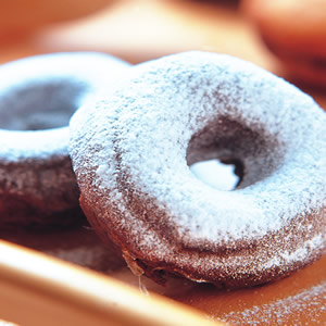 蜜月巧克力甜甜圈