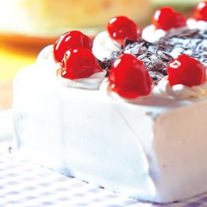 森林水果海綿蛋糕