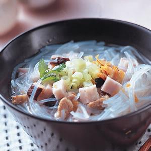 芋頭米粉湯(1)