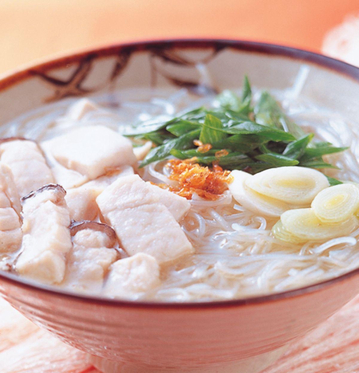 食譜:旗魚米粉湯