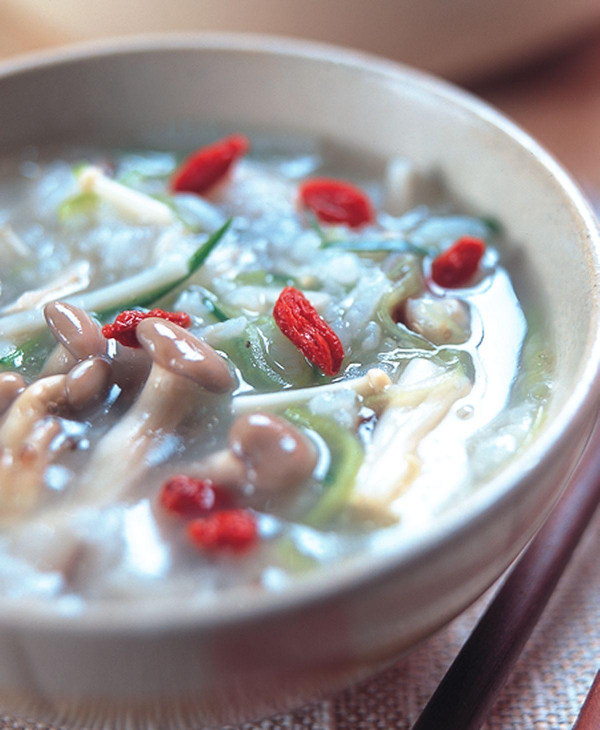 食譜:養生菇粥