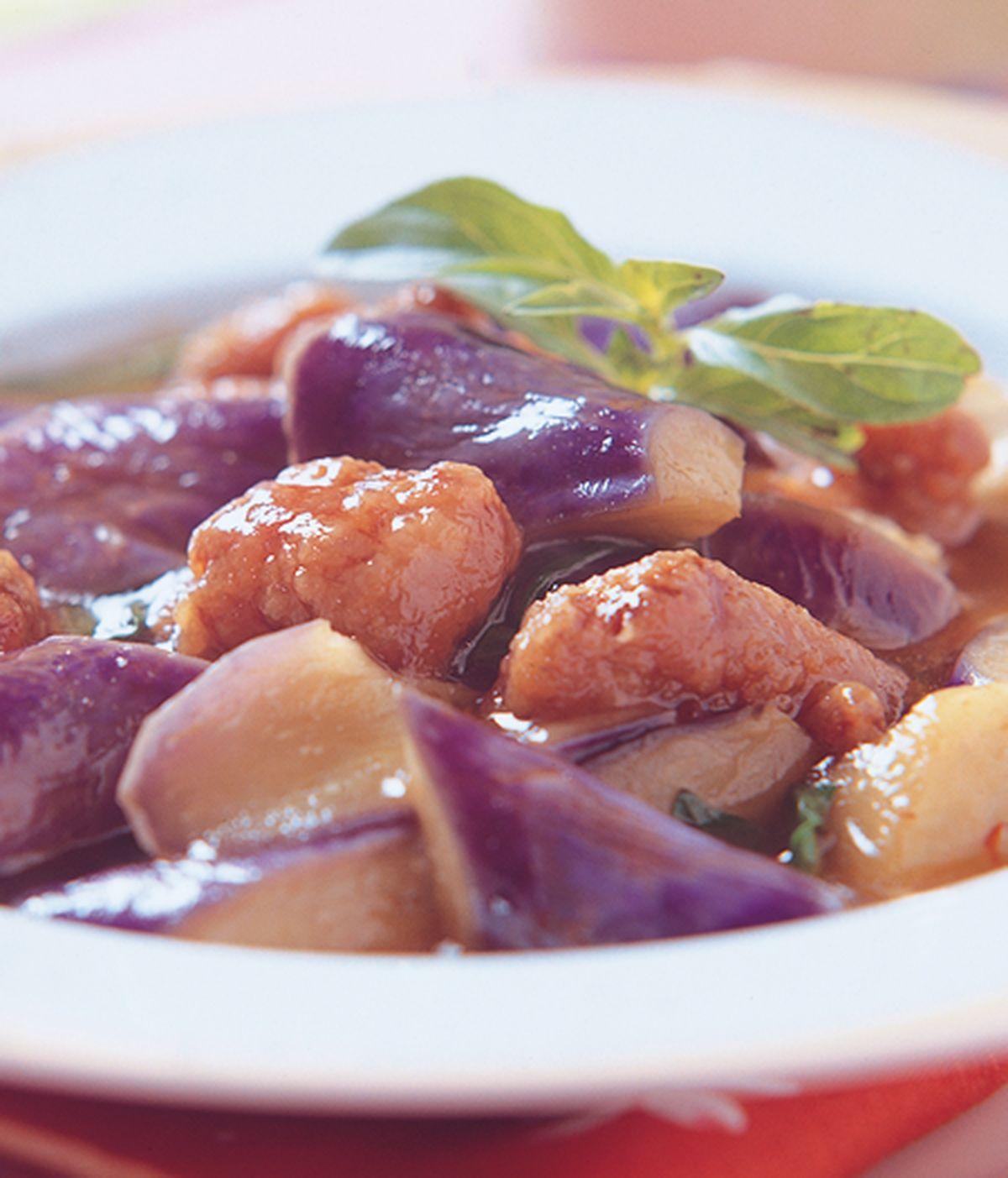 食譜:鹹酥雞燜紫茄