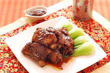 食譜:軟爛入味的醬燒排骨