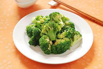 食譜:花椰菜翠綠秘訣
